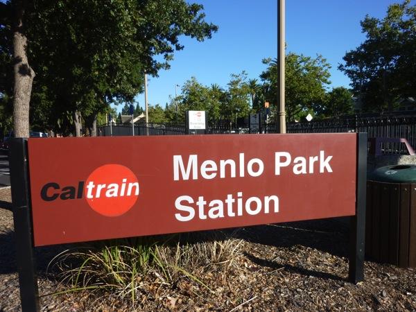 Menlo Park駅
