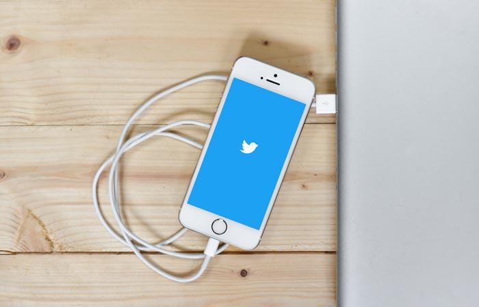 2015年11月20日までにTwitterのツィートボタンからツィート数が消える。