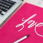 中小零細企業の企業ブログの記事を外部に書かせるぐらいなら企業ブログを辞めた方がいいと思う。