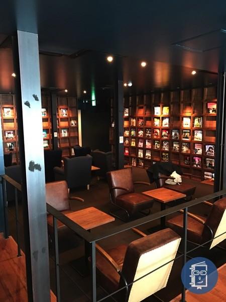 TIMES CAFEのライブラリースペース2