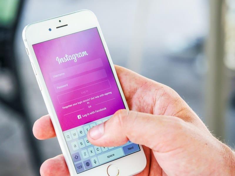 Instagramのストーリーズにテキストだけの投稿ができる「タイプ」が登場!