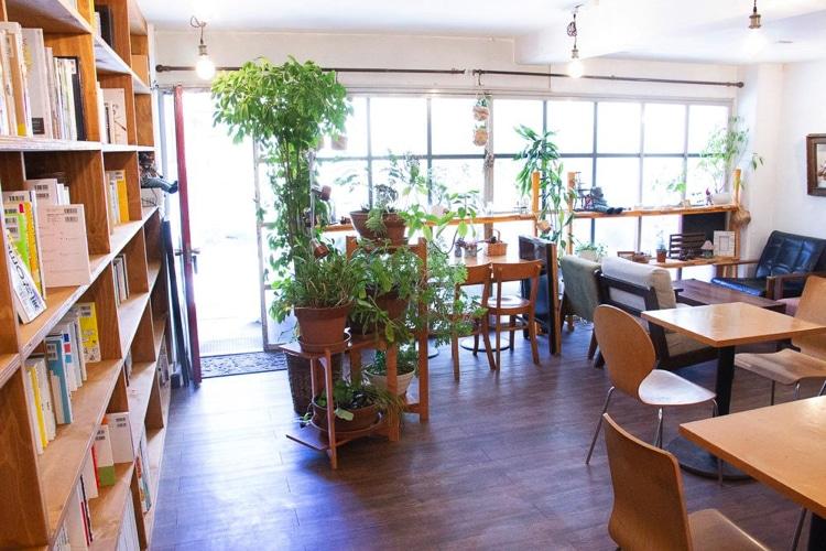 カフェスタジオ「magari」